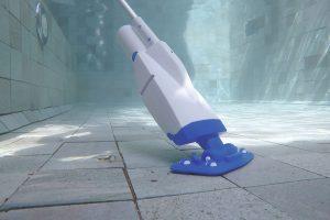 Aspiration de l'eau avec l'aspirateur Aqua Powercell